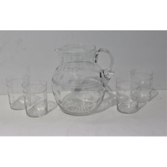 French Country Vintage Fleur De Lis Glass Pitcher and 4 Tumblers Iced Tea Lemonade - a Set For Sale - Image 3 of 13