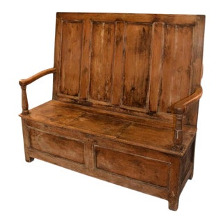 Welsh Pine Settle, Circa 1810 For Sale