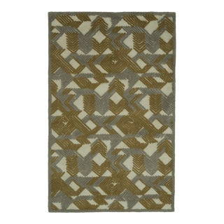 Mid-Century Beige/Gold Raised Shag Modern Rug - 5' x 8' For Sale