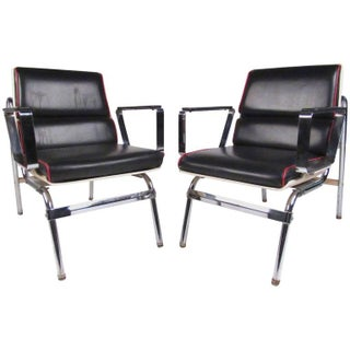 Pair of Stylish Vintage Modern Chrome and Vinyl Belmont Armchairs Preview