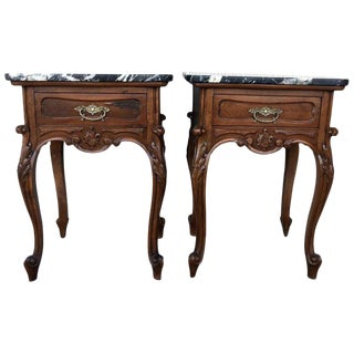 19th Century Pair of French Louis XV Carved Nightstands For Sale
