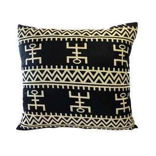 """African Custom Made Black and White Kente Cloth Pillow 20.5"""" by 18.5"""" For Sale"""