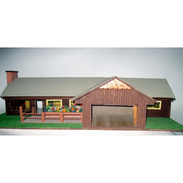 1970s C.1970s Ranch Style Dollhouse For Sale - Image 5 of 11