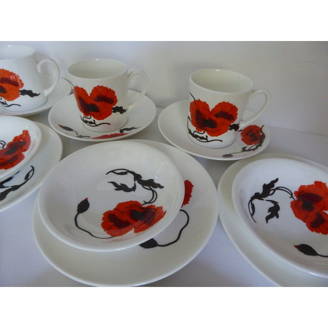 "Boho Chic Susie Cooper for Wedgewood ""Corn Poppy"" Luncheon Sets - Set of 17 For Sale - Image 3 of 9"