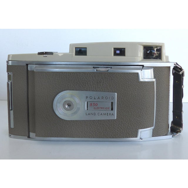Eastman Kodak Mid-Century Polaroid Camera in Original Leather Case For Sale - Image 4 of 9