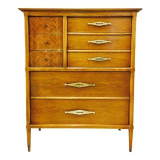 Vintage Mid-Century Modern Dresser Chest For Sale