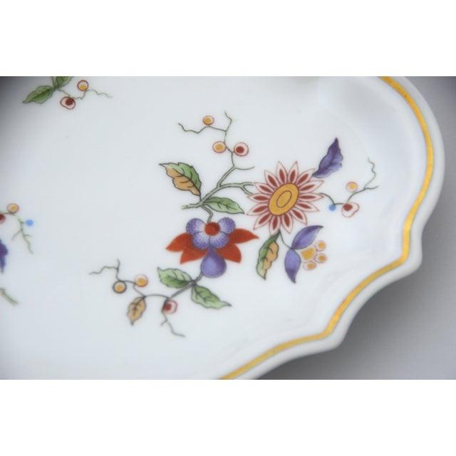 Richard Ginori Richard Ginori Oriente Italian Porcelain Soap Dish For Sale - Image 4 of 7