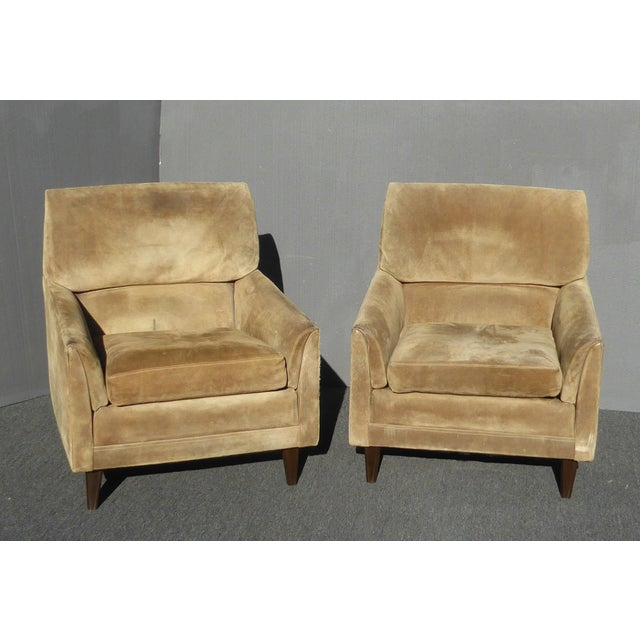 Vintage Marge Carson Mid-Century Modern Tan Suede Accent Chairs - a Pair For Sale - Image 13 of 13