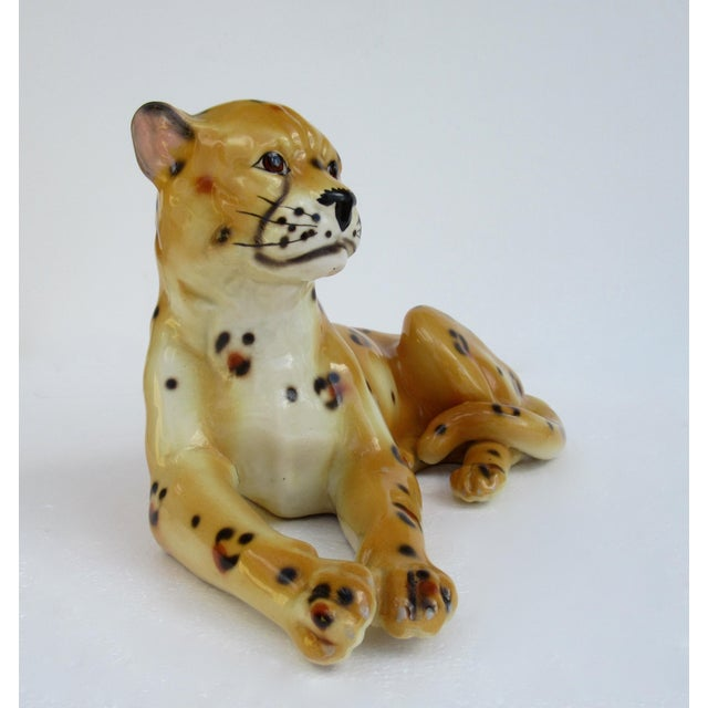 Hollywood Regency Hollywood Regency Italian Porcelain Ceramic Hand-Painted Leopard in Repose For Sale - Image 3 of 13