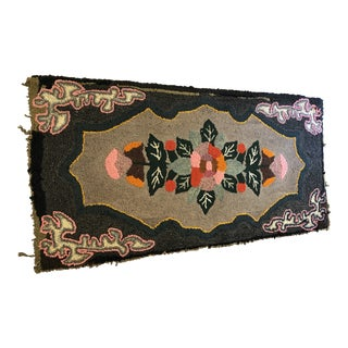 1940s Vintage Americana Hooked Rug - 2′2″ × 4′4″ For Sale