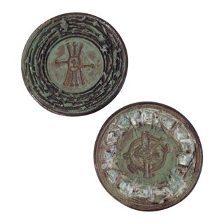 Green Lava Pottery Decorative Plates - A Pair For Sale