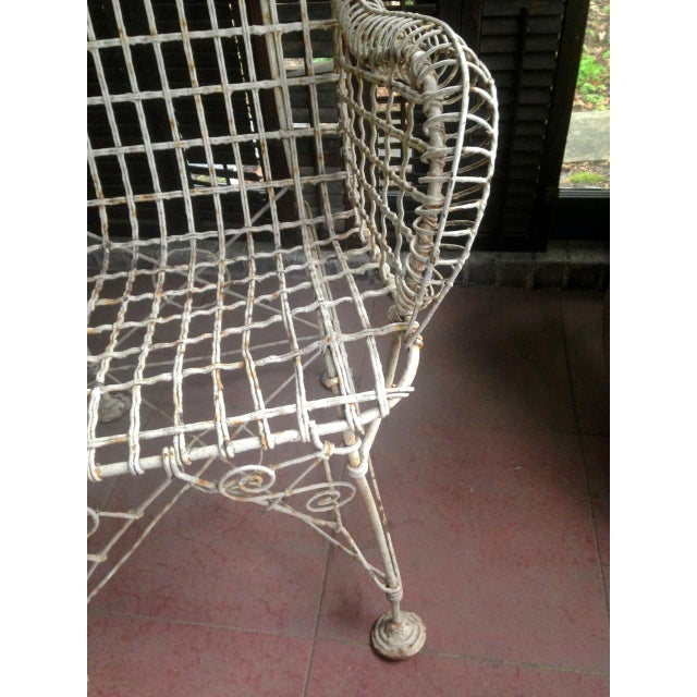 White 1870s Vintage French Double Wired Iron Wire Victorian Garden Patio Settee For Sale - Image 8 of 13