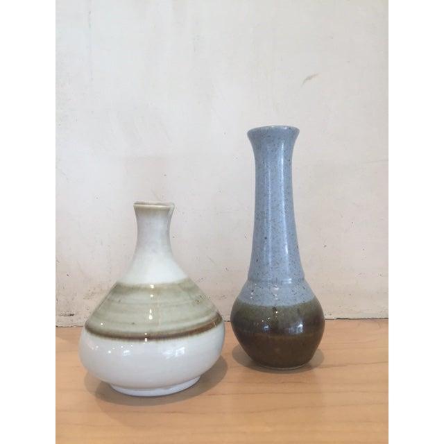 Mid-Century Modern White & Brown Bud Vase - Image 6 of 6