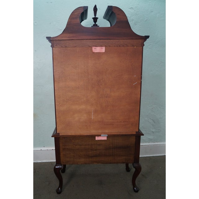 Henkel Harris Solid Mahogany Queen Anne Highboy Chest - Image 4 of 10