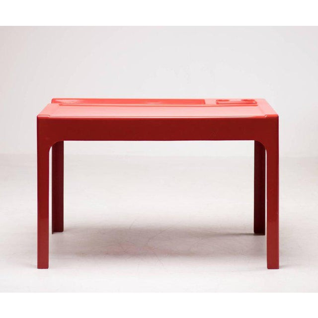 Fiberglass 'Ozoo' desk designed by Marc Berthier and manufactured by D.A.N. France.