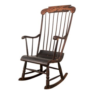 Early 19th Century New England Windsor Rocking Chair For Sale