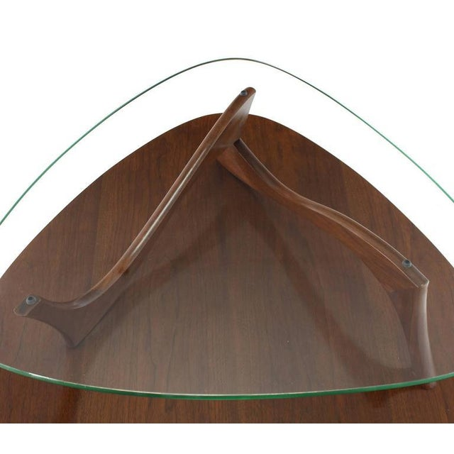 Mid 20th Century Pair of Round Triangular Tri Legged Two Tier Side End Tables For Sale - Image 5 of 10
