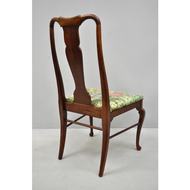 1960s Vintage Thomasville Queen Anne Style Solid Cherry Wood Dining Chairs- Set of 6 For Sale - Image 11 of 13