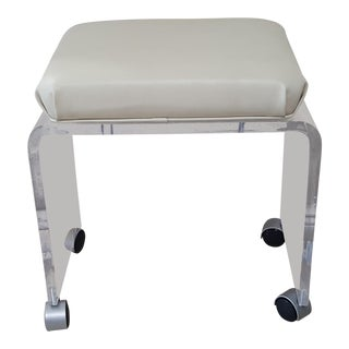 20th Century Hollywood Regency Lucite Vanity Stool For Sale