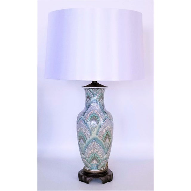 Vintage Peacock Phoenix Bird Feather Ceramic Porcelain Chinese Table Lamps -Pair- Asian Mid Century Modern Boho Chic Tropical Coastal Palm Beach Qing For Sale - Image 12 of 13