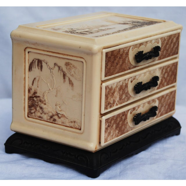 Vintage Celluloid Asian Jewelry Box - Image 5 of 11
