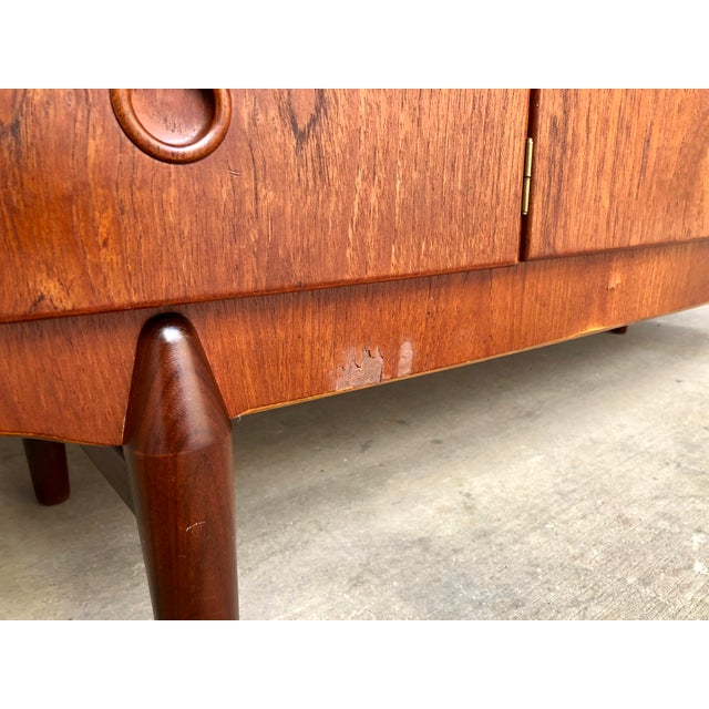 Brown Mid Century Danish Modern Teak Bow Front Low Credenza Sideboard Media Console Cabinet Curved Front For Sale - Image 8 of 9