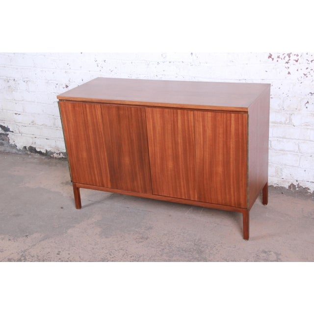 Contemporary Paul McCobb for Calvin Irwin Collection Mahogany Sideboard Credenza, Newly Restored For Sale - Image 3 of 13