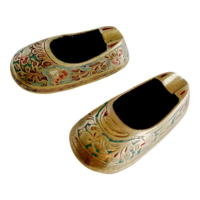 Vintage Ca 1960s Indian Mini Shoe Shape Ashtray - 2 Pieces For Sale