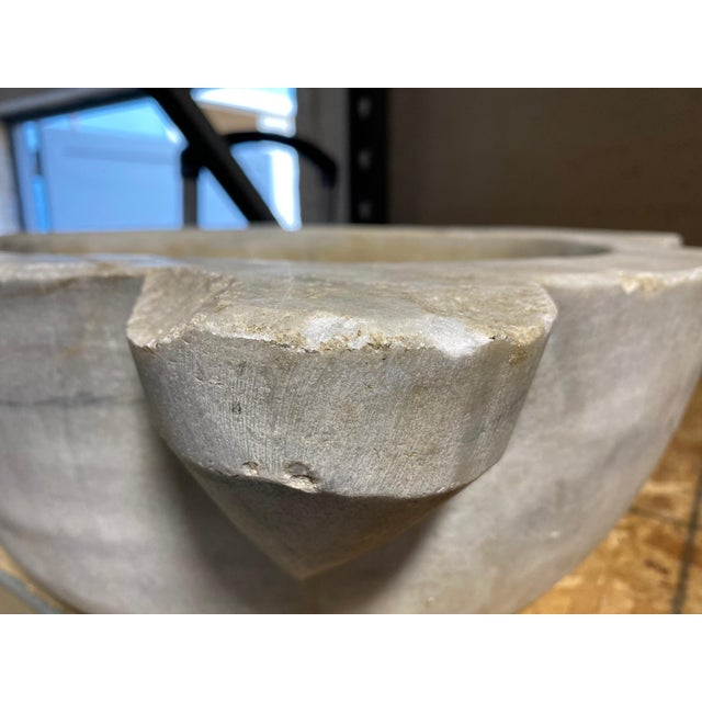 Antique Turkish White Marble Hammam Basin For Sale In Los Angeles - Image 6 of 8