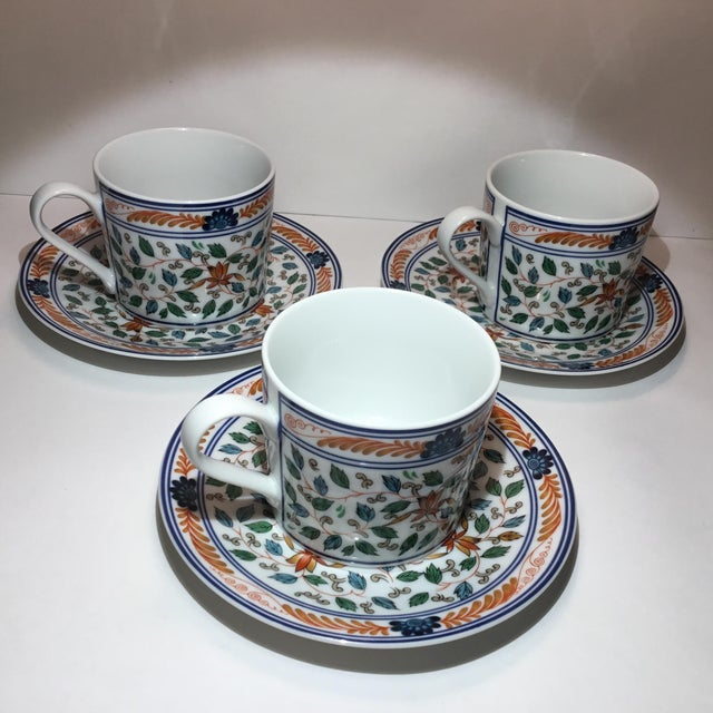 Imari Blossoms Teacups and Saucers by Georges Briard - Service for 3 For Sale In New York - Image 6 of 12