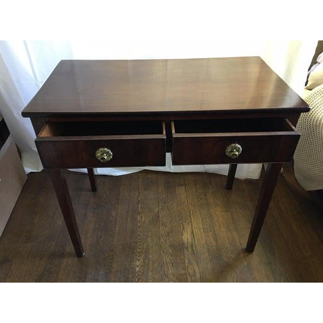 Early 19th Century English Mahogany Side Table with Two Drawers on Tapered Legs, circa 1800 For Sale - Image 5 of 8