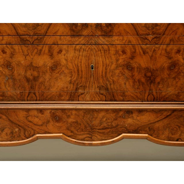 C.1860 Louis Philippe Book-Matched Burled Walnut Commode - Image 10 of 10