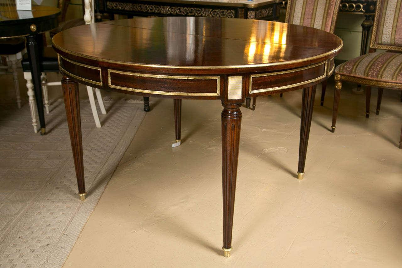 Superb French Louis XVI Style Mahogany Dining Table   Image 9 Of 10