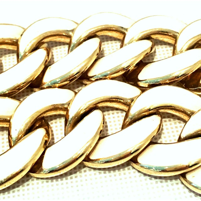 Les Bernard 20th Century Les Bernard Gold & Enamel Chain Link Choker Necklace For Sale - Image 4 of 9