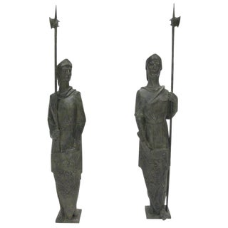 French Life-Size Bronze Statues Sculpture Middle Ages Knight in Armor - a Pair For Sale