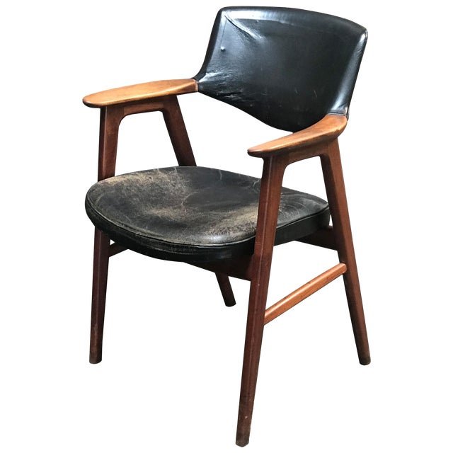 Mid-Century Modern Mahogany Desk Arm Chair Upholstered in Black Leather For Sale