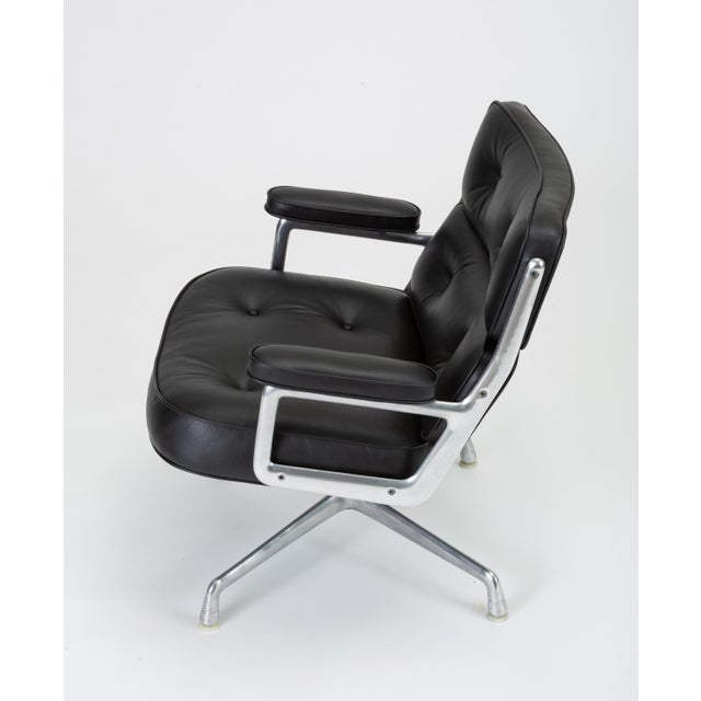 1960s Black Leather Time Life Lobby Chair by Ray and Charles Eames for Herman Miller For Sale - Image 5 of 13