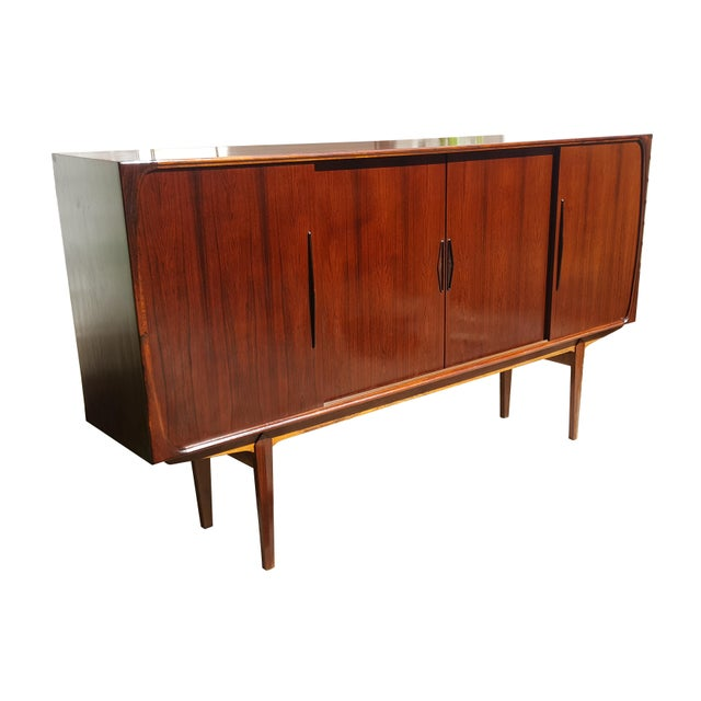 Danish Modern 1960s Danish Modern Rosewood Credenza/Sideboard For Sale - Image 3 of 12