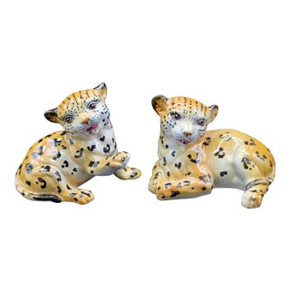 Mid-20th Century Italian Mottahedeh Terra Cotta Leopards - a Pair For Sale