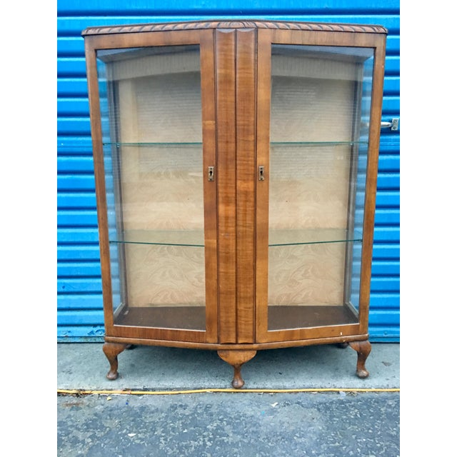 1940's French Provincial Display Cabinet For Sale - Image 11 of 11