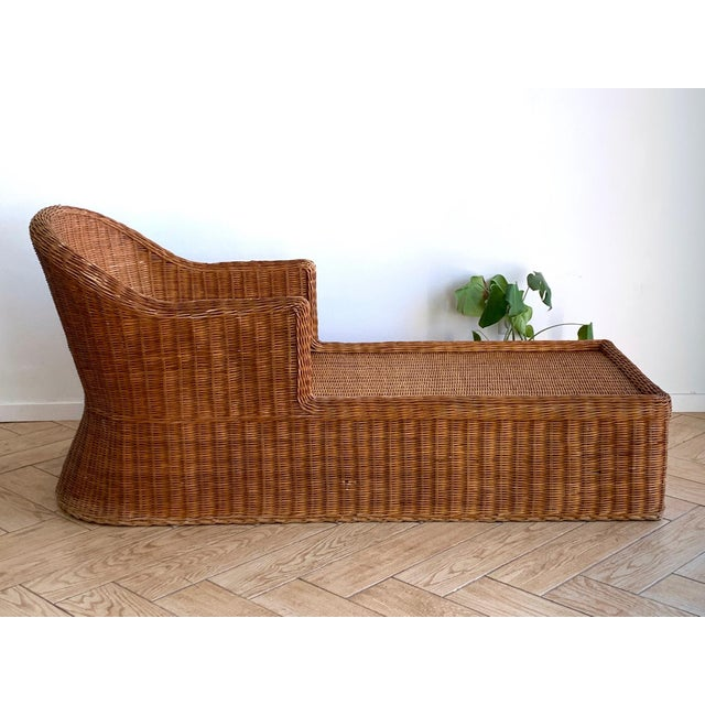 Boho Chic 1990s Vintage Wicker Chaise For Sale - Image 3 of 11