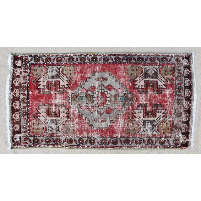 """Blue Early 20th Century Turkish Muted Reds Accent Rug - 1'9"""" X 3'5"""" For Sale - Image 8 of 9"""