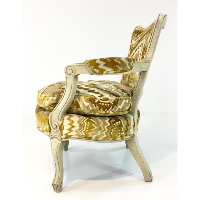 1960s Vintage French Gold Cut Velvet Slipper Chair Pair For Sale - Image 5 of 7