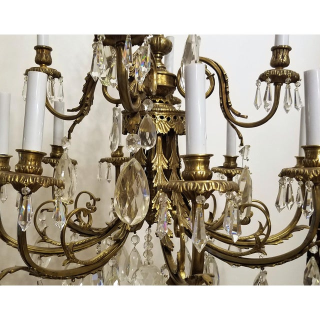 1920s Louis XVI Bronze & Crystal 12 Lights Chandelier For Sale In Chicago - Image 6 of 10