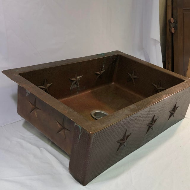 """Hammered Copper 33"""" Star Apron Sink For Sale In Washington DC - Image 6 of 13"""