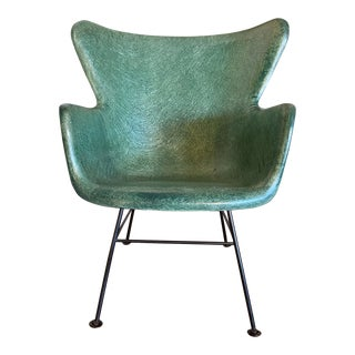 1950s Lawrence Peabody for Selig Mid-Century Wingback Fiberglass Chair For Sale