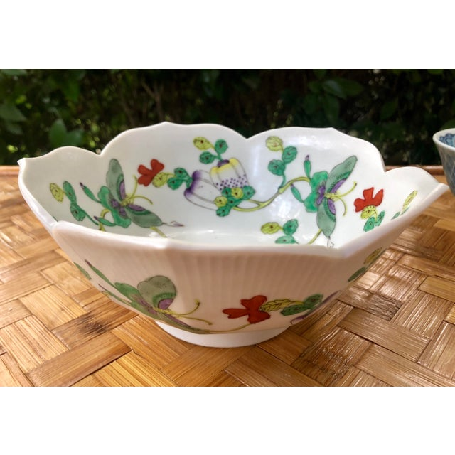 Mid Century Vintage Chinese Famille Verte Green Butterfly and Floral Porcelain Lotus Bowl For Sale - Image 4 of 10