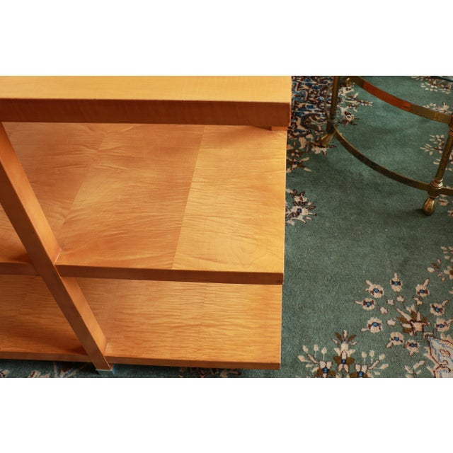 1960s Baker Classic 3-TierTiger Maple Side Table For Sale In Los Angeles - Image 6 of 10