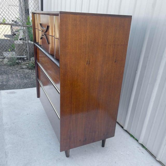 Bassett Mid-Century Modern Highboy Dresser For Sale - Image 4 of 13