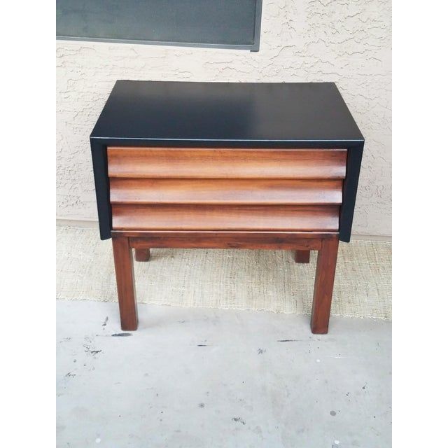 1960s 1960s American of Martinsville Nightstand For Sale - Image 5 of 6